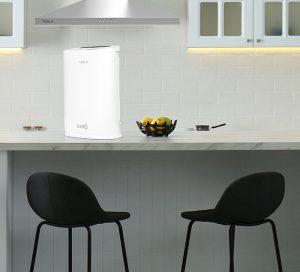 Tesla prečišćivač zraka u kuhinji