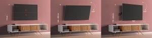 Postavljanje nosača za TV sa nagibom na kome je Tesla televizor