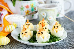 Punjena jaja dekorisana kao pilići
